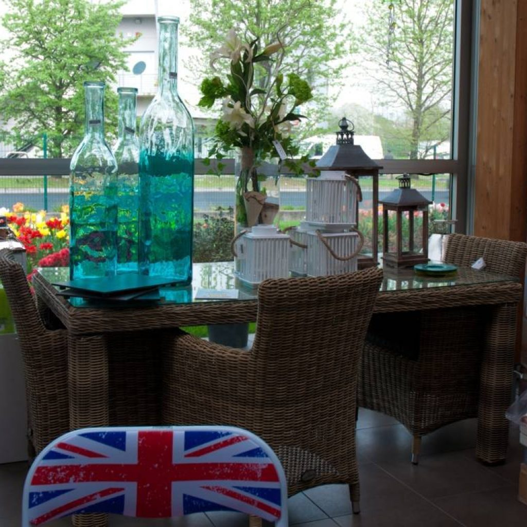 Arredo giardino e terrazzo mobili da esterno e for Arredi per terrazzo