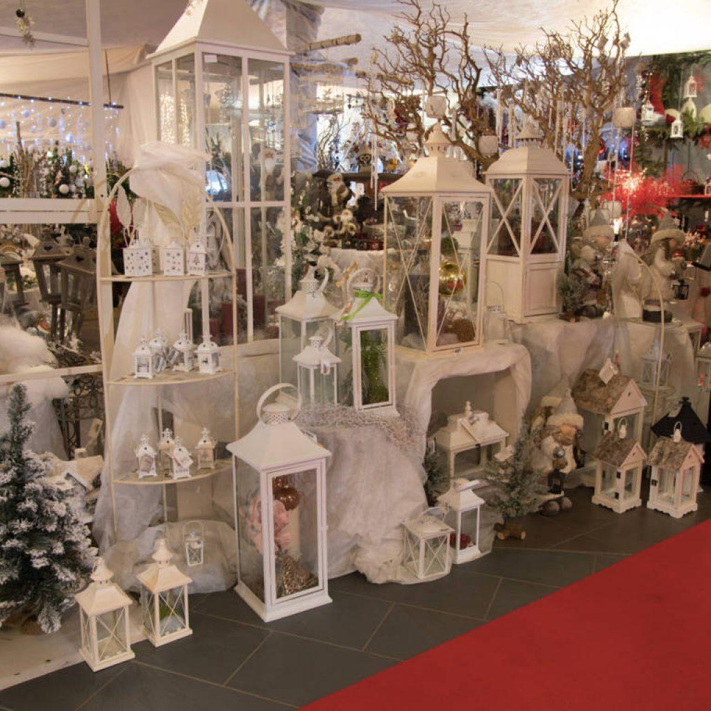 Addobbi natalizi luci presepi e alberi di natale - Decorazioni natalizie esterne ...